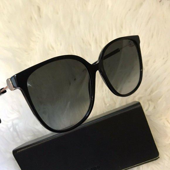 Fendi Round Acetate Sunglasses color Black